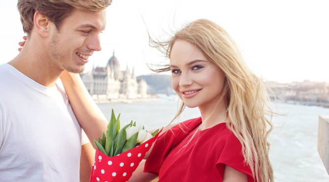 10 Old Fashioned Dating Habits We Should Make Cool Again